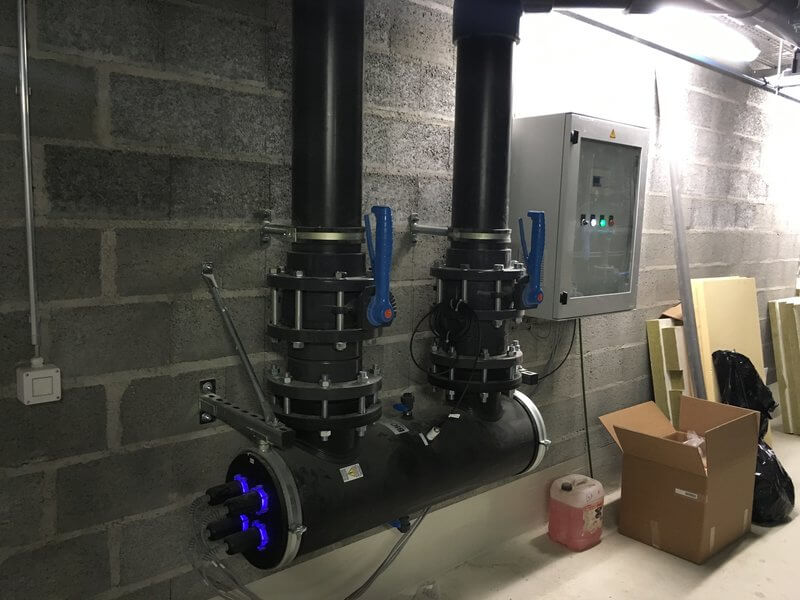 Installation1-desinfection-uv-pour-eau-corrosive-uv-disinfection-for-corrosive-water-PE330-PE870-PE1160-PE2160-PE3160-PE42500-PE5250-PE6250-1h2o3 (1)