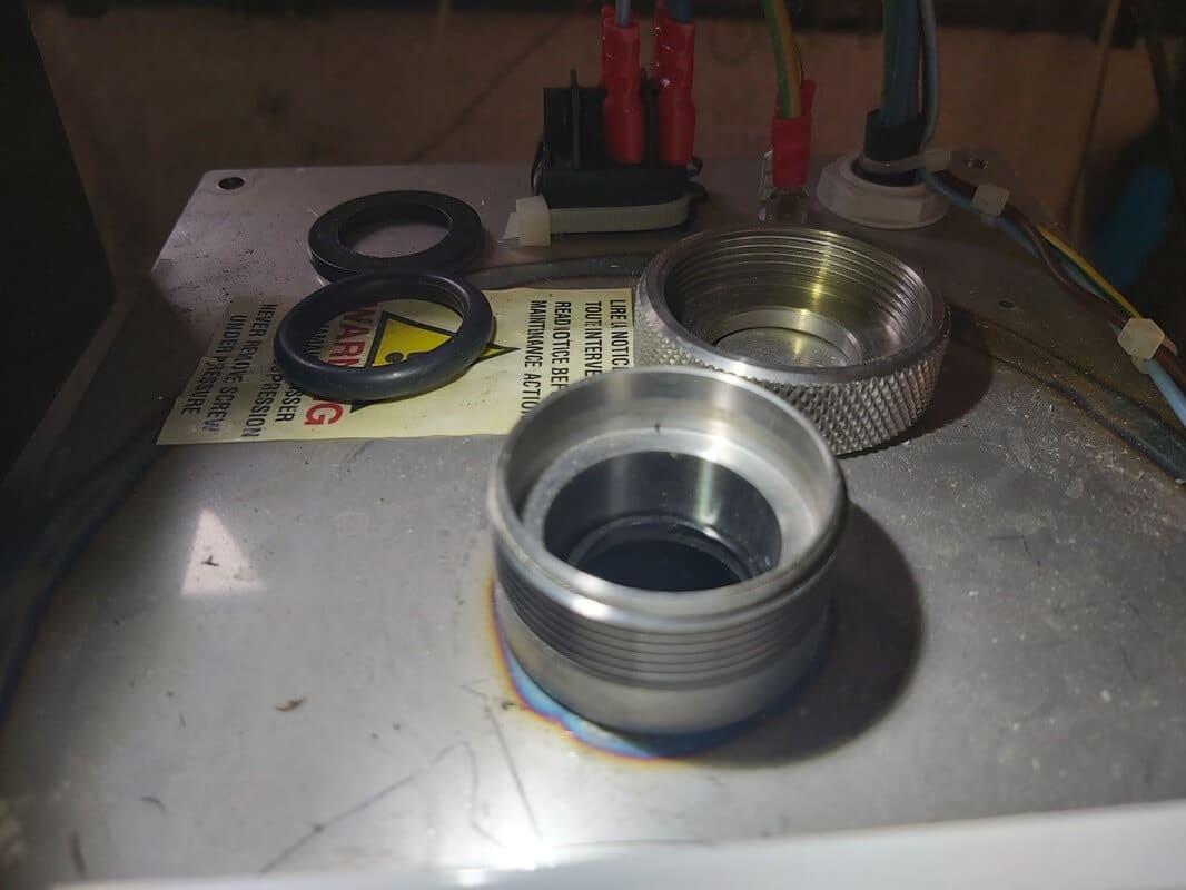 Vue rapprochée d'une gaine quartz installée sans coupelle anti vibration 1h2o3